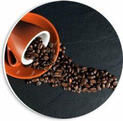 Oranje KuijsFotoprint Forex Wandcirkel - Koffiekop met omgevallen Koffiebonen - 20x20cm Foto op Wandcirkel (met ophangsysteem)