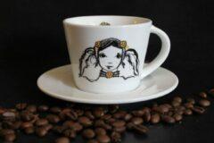 Petit Paris Illustraties Kop en schotel koffie- Zeeuws meisje - zwart wit - kopjes mokken - 180 ml