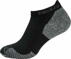 Zwarte Odlo Socks Low Ceramicool Low Unisex Sportsokken - Black - Maat 36-38
