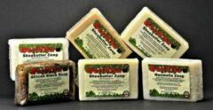 Berivita 30x Natuurlijke Zepen van 100gr - Voordeelpakket met 5x Zwarte Zeep, 5x Aloë Vera Havermout Zeep, 5x Neemolie Zeep, 5x Tea Tree Olie Zeep, 5x Eucalyptus Olie Zeep en 5x Honing Havermout Zeep