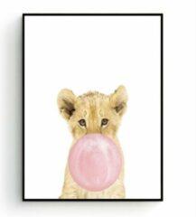 Postercity.nl Postercity - Design Canvas Poster Leeuwtje met Roze Kauwgom / Kinderkamer / Dieren Poster / Babykamer - Kinderposter / Babyshower Cadeau / Muurdecoratie / 40 x 30cm / A3