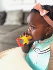 Humble & Noble 2 X Speen Fruitspeen Kinderbestek Fopspeen Babyspeen Babyvoeding Geel