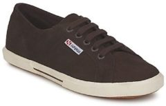 Bruine Sneakers Superga 2950