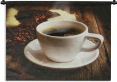 1001Tapestries Wandkleed Koffie - Een hete kop koffie met koffiebonen Wandkleed katoen 120x90 cm - Wandtapijt met foto