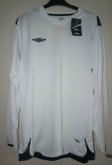 Umbro wit/ navy shirt XL
