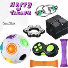 Happy Trendz® / Fidget Toys Pakket - Set met 7 verschillende Top Fidget Toys: Mesh Marble ,Infinity Cube , Fidget Pad , Flippy Chain, Fidget FietsKetting, Fidget Puzzel Ball