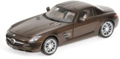 Minichamps Mercedes Benz SLS AMG - Bruin Metallic 1/18