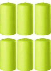 Enlightening Candles 8x Lime groene cilinderkaarsen/stompkaarsen 6 x 10 cm 36 branduren - Geurloze kaarsen lime groen - Woondecoraties