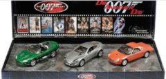 Movie Memorabilia Ford James Bond Die Another Day set