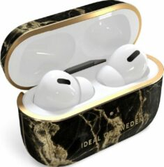 Gouden IDeal of Sweden AirPods Case Print Pro Golden Smoke Marble