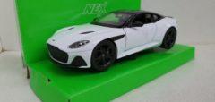 Aston Martin DBS Superleggera wit 1:24 Welly Nex