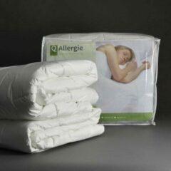 Gebroken-witte Sanamedi Huisstofmijt + Allergeenstof dicht dekbed 140x200cm 4-seizoenen anti-allergie.
