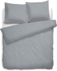 Witte Refined Dekbedovertrek Uni Stripe - Licht Grijs - 2-persoons (200 x 200/220 cm) - Katoensatijn - Grijs - Heckett Lane