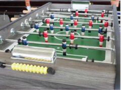 Bruine Kicker voetbaltafel