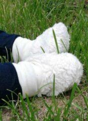 Creme witte Atelier Marijtje Slofjes Teddybont