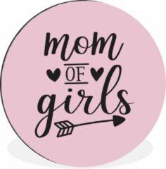 WallCircle Moederdag quote ''mom of girls'' tegen lichte achtergrond Wandcirkel aluminium - ⌀ 60 cm - rond schilderij - fotoprint op aluminium / dibond / muurcirkel / wooncirkel / tuincirkel (wanddecoratie)