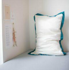 Mori Concept - Delight zijden kussensloop - 50x75 - Creme en Pine Blauw - 100% Moerbei zijde –Mulberry Silk Pillowcase