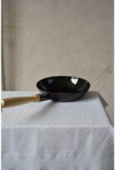 Zwarte Riess Koekenpan zwart 24 cm - houten handvat