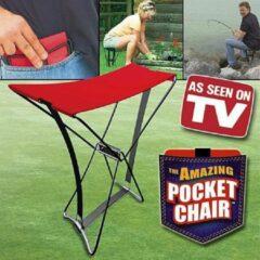 Rode The amazing POCKET CHAIR. Compact opvouwbaar stevig stoeltje voor buitengebruik. Op reis, camping, festival, sportwedstrijd, etc.
