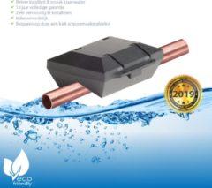 Zwarte Waterontharder Black Edition - voor alle Koper waterleidingen (magneet waterleiding)