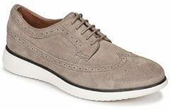 Grijze Nette schoenen Geox WINFRED C