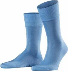 Lichtblauwe Falke Tiago sokken met anti-slip onderzijde
