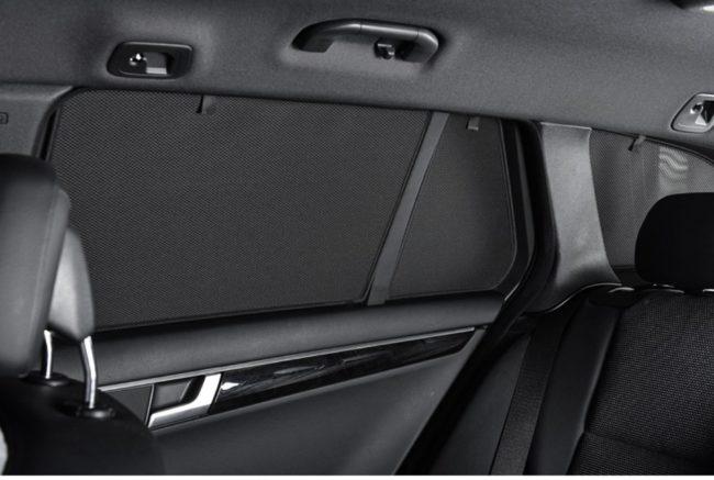 Afbeelding van Zwarte Car Shades Carshades Nissan Micra 5-deurs 2010- autozonwering