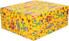 3x Rollen inpakpapier/cadeaupapier Club van Sinterklaas geel 200 x 70 cm - Cadeaupapier/inpakpapier voor 5 december pakjesavond
