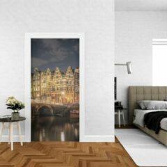 Gele Wallstation Deursticker Amsterdam 1 - 100 x 250 cm - Gratis installatie-kit - Snelle levering