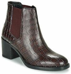 Bordeauxrode Boots en enkellaarsjes Mascarpone Bay by Clarks