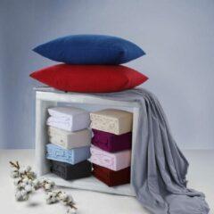 Donkerrode Bed Couture Flannel Fleece Kussenslopen 100% Katoen Extra zacht en Warm - Set van 2 - 65x65 Cm - Wijn Rood