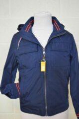 Marineblauwe Merkloos / Sans marque C&D casual jongens jasje - met afneembare kap - MAURICE -NAVY/ROOD - maat 8 jaar