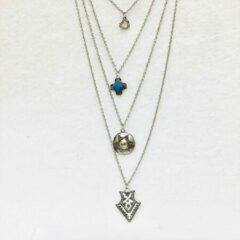 Fashionvibe.nl Fashionidea - Mooie zilverkleurige ketting met turquoise hangers multilayher vierdelig