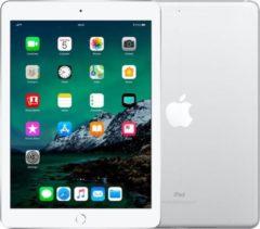 Apple Refurbished Apple iPad (2018) refurbished door Leapp - A-Grade (Zo goed als nieuw) - 128GB - Zilver