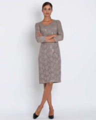 Couture Line Kleid aus Spitze