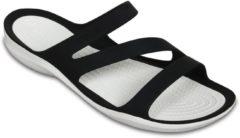 Crocs Swiftwater Slippers - Maat 37 - Vrouwen - zwart/wit Maat 37-38