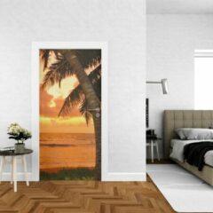 Groene Wallstation Deursticker Strand 2 - 100 x 250 cm - Gratis installatie-kit - Snelle levering
