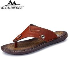 Summer Slippers Beach Shoes Flip Flops Leather Men Sandals 2018 Casual Summer Beach Flip Flops Sneaker Sandals Leather Adult