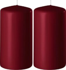 Enlightening Candles 2x Bordeauxrode cilinderkaarsen/stompkaarsen 6 x 8 cm 27 branduren - Geurloze kaarsen bordeauxrood - Woondecoraties