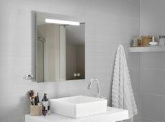 FOCCO Lina LED spiegel 80x70 met usb aansluitingen en spiegelverwarming