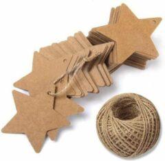 Kartonnen Hobby Kraft Labels Met Touw AA commerce - Sterren - Set 100 Stuks - kerst Kraftpapier Cadeaulabels - 6x6 CM