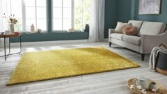 Tapeso Handgetuft hoogpolig vloerkleed Supersoft - geel 80x250 cm