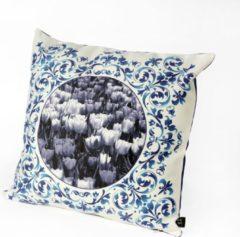 HUGS Indoor 50x50 Delfts blauw tulpen