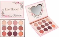Paarse Beauty Creations Eye Bloom Eyeshadow Palette