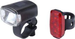 Zwarte BBB Cycling StudCombo Fietsverlichting Set - 130 lumen - USB oplaadbaar - Koplamp BLS-142