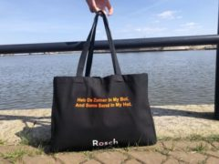 Oranje Rosch Amsterdam Rosch Boodschappen / Strand Shopper 'Heb De Zomer In My Bol And Some Sand In My Hol.'