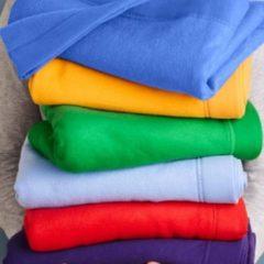 Donkergroene Gildan Deken met omgezoomde zijden DryBlend® Fleece Stadium Deken Donker Groen
