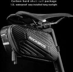 PRO Waterbestendige Fiets Zadeltas - Zadeltas Racefiets / Fiets / Koersfiets / Mountainbike / MTB fietsen / Wielrennen - Professionele regenbestendige Zadeltas - Fietstas - Zadeltasjes - Koersfiets Zadel Tas - Zwart met Clipsluiting - Decopatent®