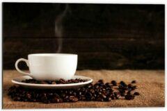 Beige KuijsFotoprint Dibond - Kopje Koffie met Koffiebonen - 60x40cm Foto op Aluminium (Wanddecoratie van metaal)
