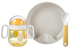 Mepal Mio – Babyservies 3-delig – bestaat uit een oefenbord, antilekbeker en oefenlepel – Nijntje Explore – licht in gewicht – kan tegen een stootje